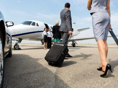 airport-transfers-for-business-in-scotland-700x460-400x300